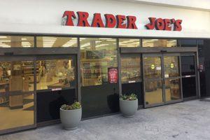 trader-joes-sued-over-401k